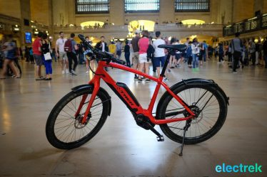 Grand Central Station Trek Super Commuter 8 Electric bike bicycle Electrek-125