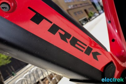 Logo Trek Super Commuter 8 Electric bike bicycle Electrek-122