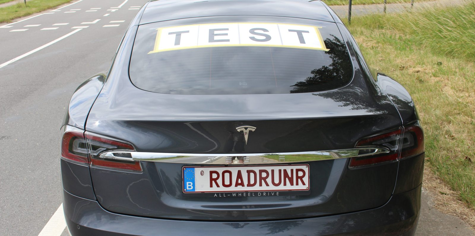New Tesla Model S hypermiling record: over 900 km (560 miles) on a ...