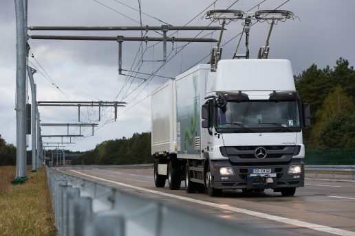 eHighway is a reliable and environmentally friendly alternative to standard truck transport that supplies trucks with power from an overhead contact line. This means that not only is energy consumption cut by half, but local air pollution is reduced too, making the technology twice as efficient as internal combustion engines.