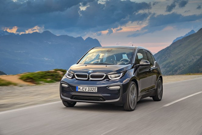 P90273487_highRes_the-new-bmw-i3-08-20