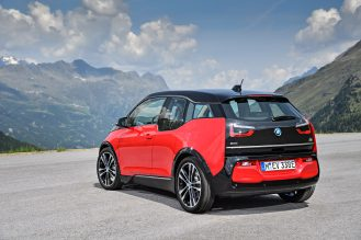 P90273524_highRes_the-new-bmw-i3s-08-2