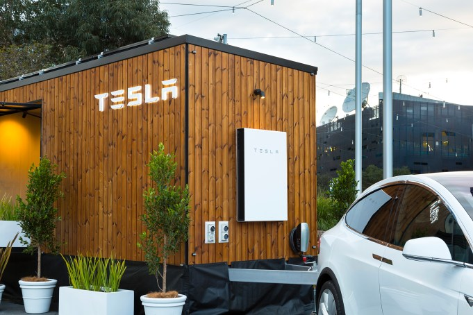 Tesla_Tiny_House-Melbourne-7355