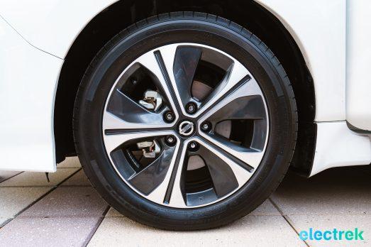 102 wheel design rim tire New Nissan Leaf 2018 National Drive Electric Week Bridgewater NJ-59