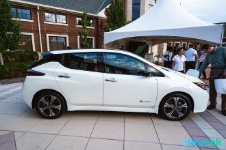 14 New Nissan Leaf 2018 sideview wheels rims profile design National Drive Electric Week Bridgewater NJ-39