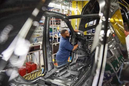 Mercedes-Benz U.S. International (MBUSI): SUV-Montage im Mercedes-Benz Werk Tuscaloosa in Alabama. Mercedes-Benz U.S. International (MBUSI): SUV assembly in the Mercedes-Benz Tuscaloosa plant in Alabama.