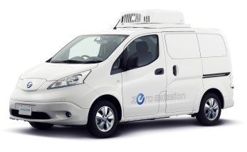 NissanÕs solution to urban delivery challenges is the modified, all-electric Nissan e-NV200 Fridge Concept. Its compact size will make it easier to park in urban environments, where large delivery trucks are often prevented from stopping. Equipped with an additional battery pack in the cargo space to power a refrigeration unit, the Nissan e-Fridge will be able to store chilled foods.