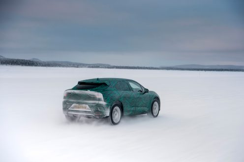 I-PACE Winter testing_053