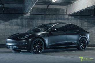 satin-black-matte-tesla-model-3-gloss-tst-wheel-performance-prototype-wm-1_154cd349-86fd-4035-a231-56145a23ff87
