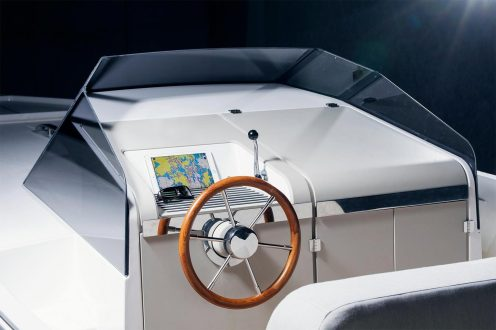 q30 electric yacht 2