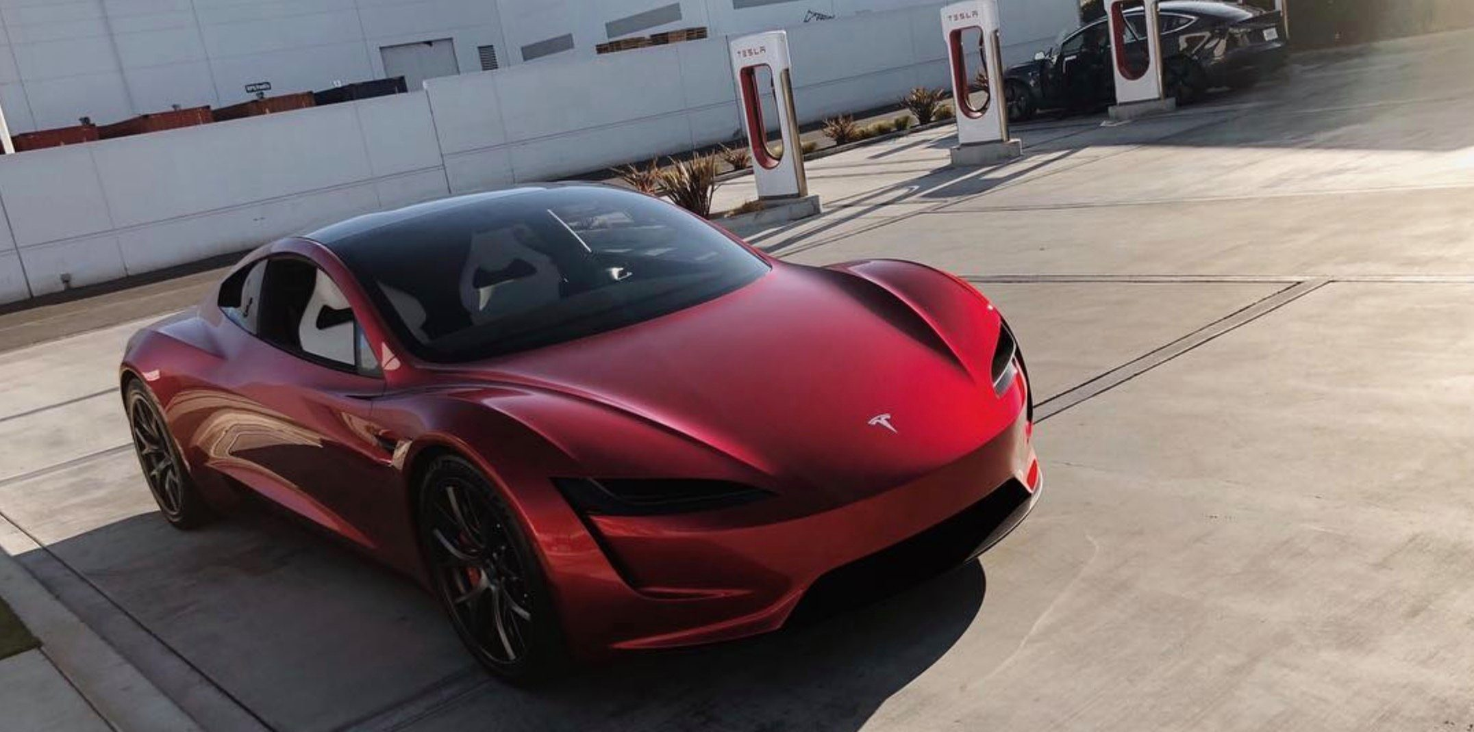 Tesla-next-gen-Roadster-hearder-hero-e1538636851885.jpg