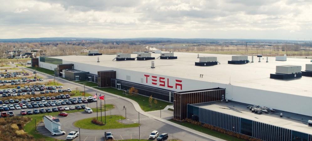 Tesla gigafactory 2 - 4