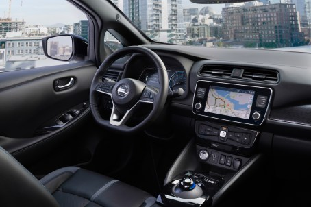 2019 Nissan LEAF-9