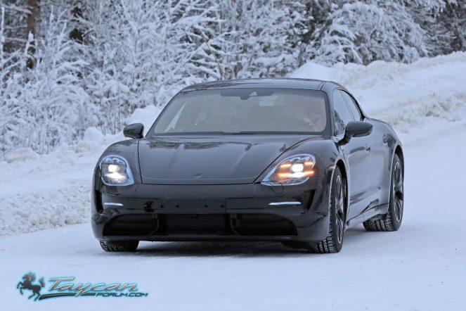Porsche-Taycan-Prototype-_SB18011