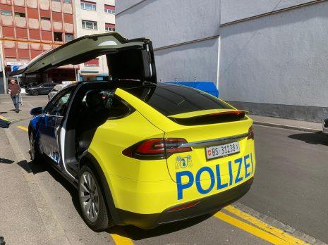 Tesla Model X police vehicle 1