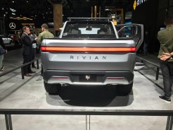 riviantruck8