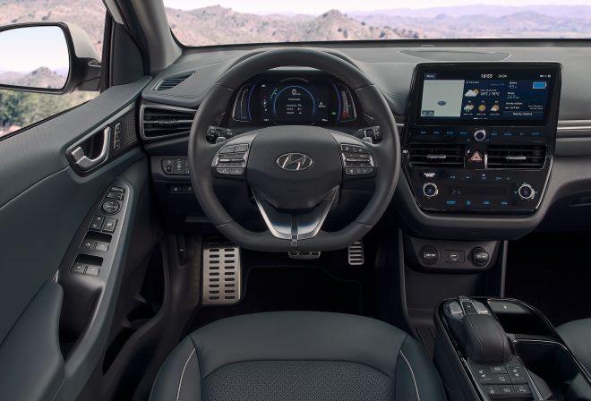 New Hyundai IONIQ Electric Interior (3)