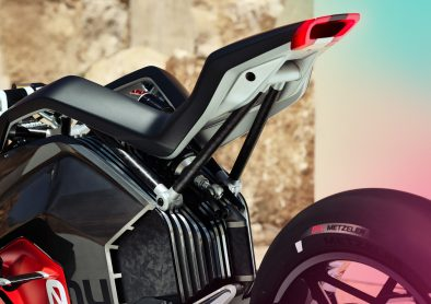 P90354718_highRes_bmw-motorrad-vision-