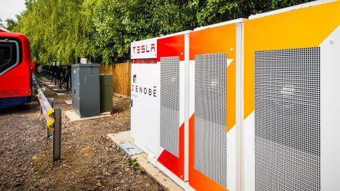 Tesla Powerpack buses
