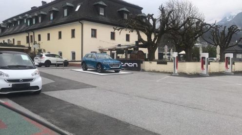 Audi advertises Tesla 2