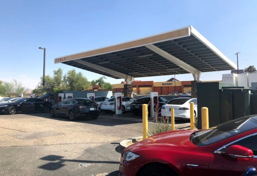 Tesla Barstow Supercharger 1