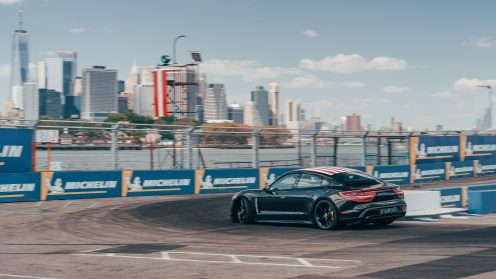 high_neel_jani_taycan_prototype_triple_demo_run_new_york_2019_porsche_ag (1)