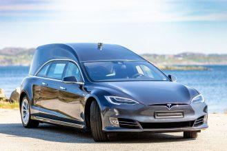 Tesla Model S hearse 3
