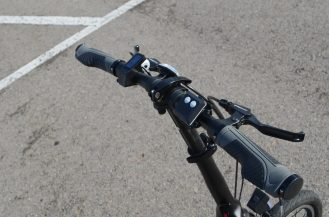 Tight handlebars and turn signal control