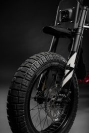Super73RX-Red-FrontWheel-212