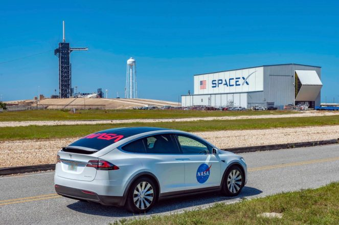 Tesla Model X NASA 1