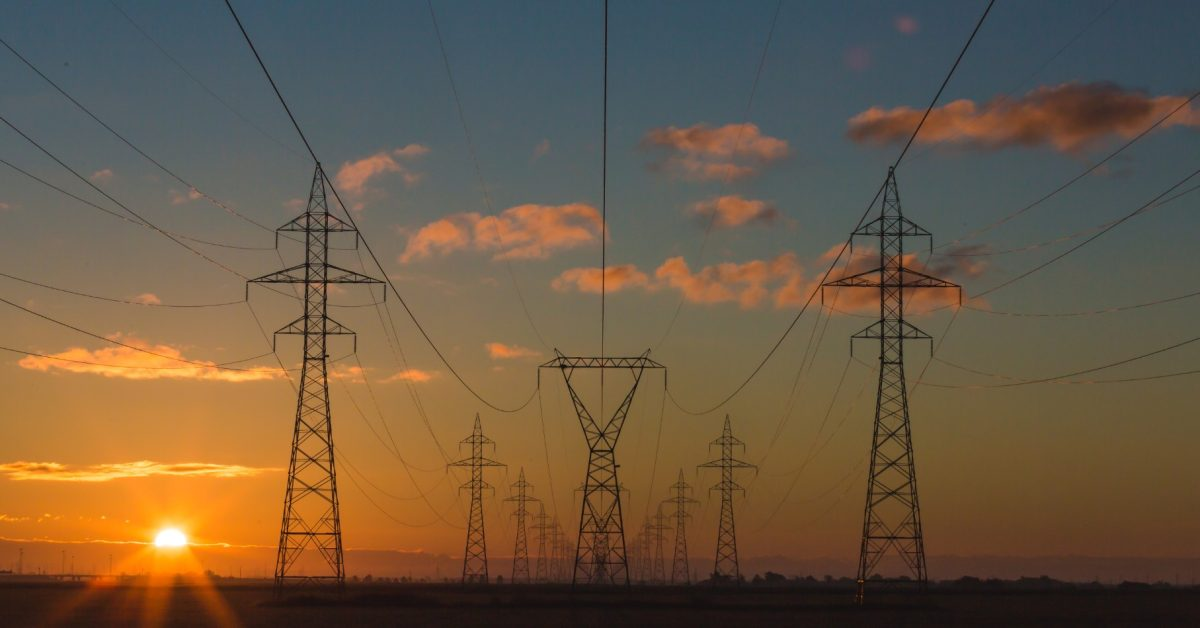 Here's why AI will be crucial for future US electrical grid reliability - Electrek