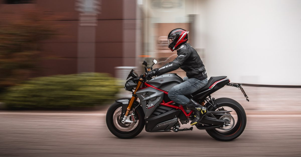 This electric motorcycle maker says 15 minute recharging is coming soon