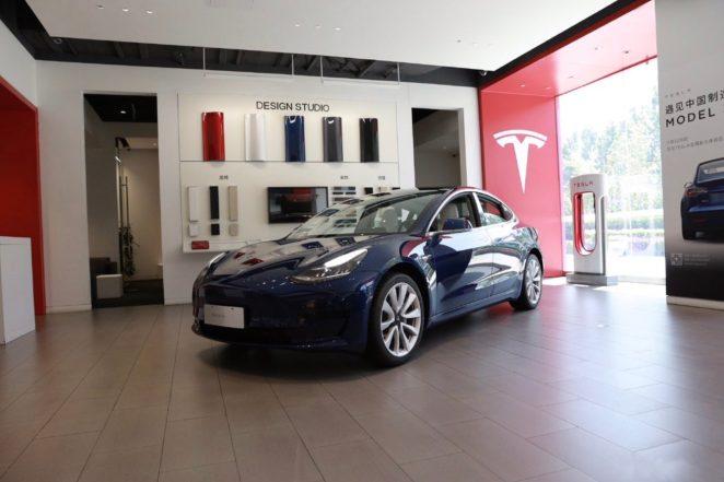 Tesla Model 3 update interior features 1