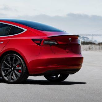 Tesla Model 3 spoiler 2
