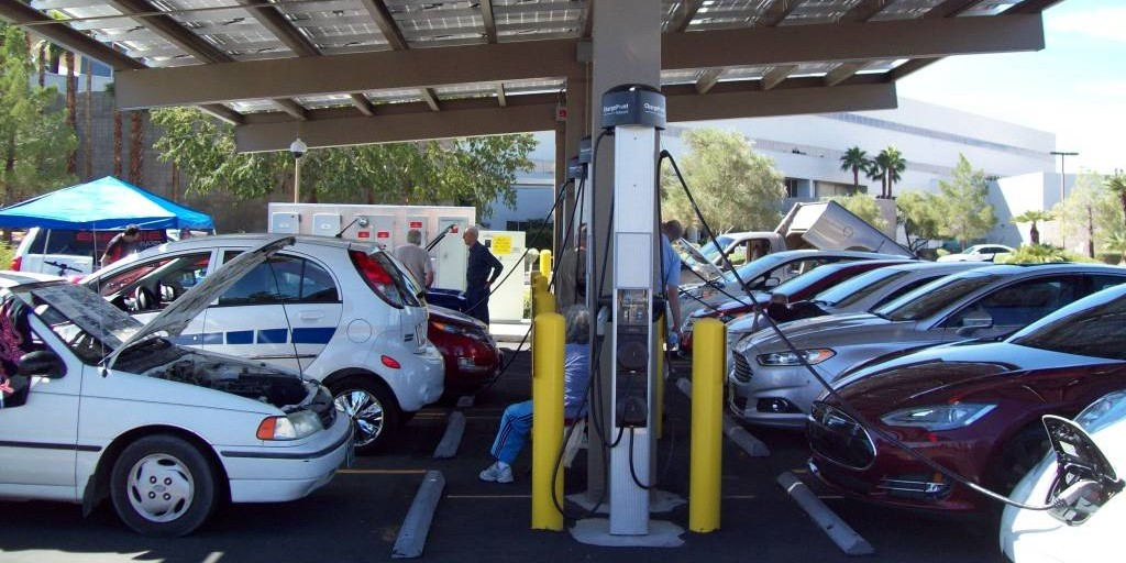 Nevada launches annual incentives to boost EV adoption