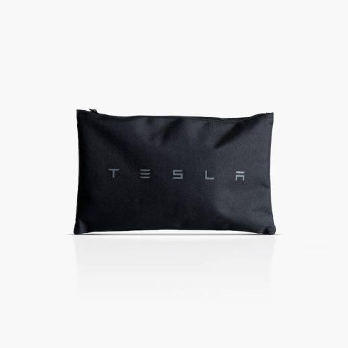 Tesla MOdel X cargo net 5