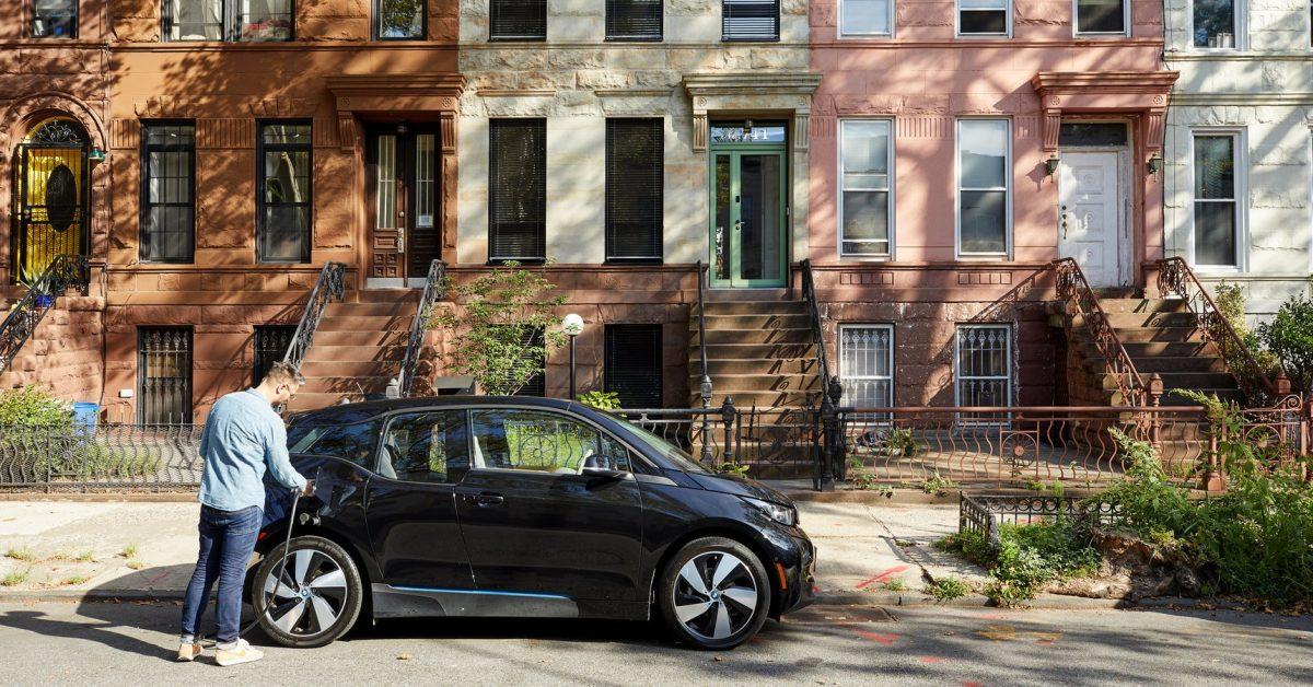 New York City EV charging 1 jpg?resize=1200,628&quality=82&strip=all&ssl=1.