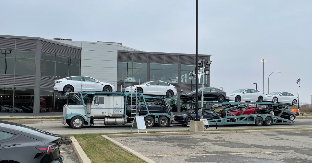 Elon Musk: 'This is craziest month of deliveries Tesla (TSLA) will ever have' thumbnail