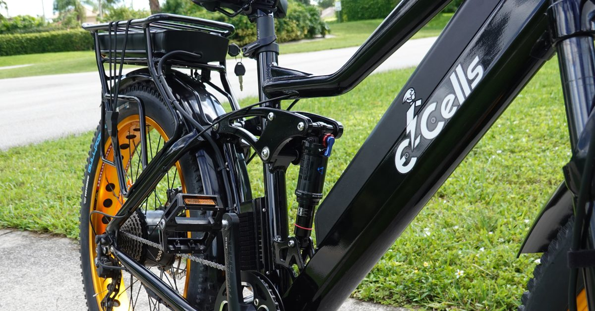 Review: 2,200W Super Monarch Crown AWD 1500 e-bike