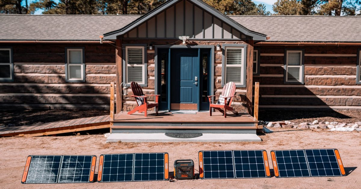 First look at the Jackery Explorer 1500 solar generator - Electrek