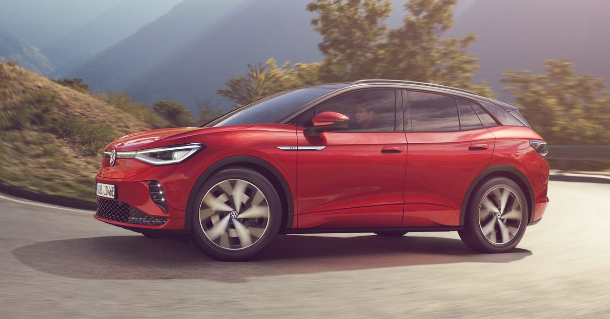VW unveils ID.4 GTX: Dual-motor all-wheel-drive version of its already popular electric SUV thumbnail
