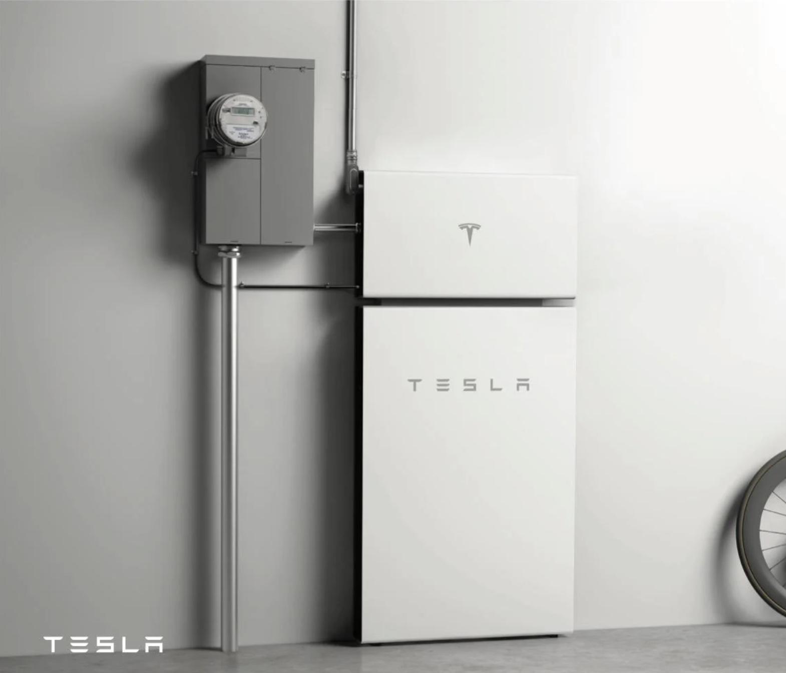 Tesla POwerwall Plus