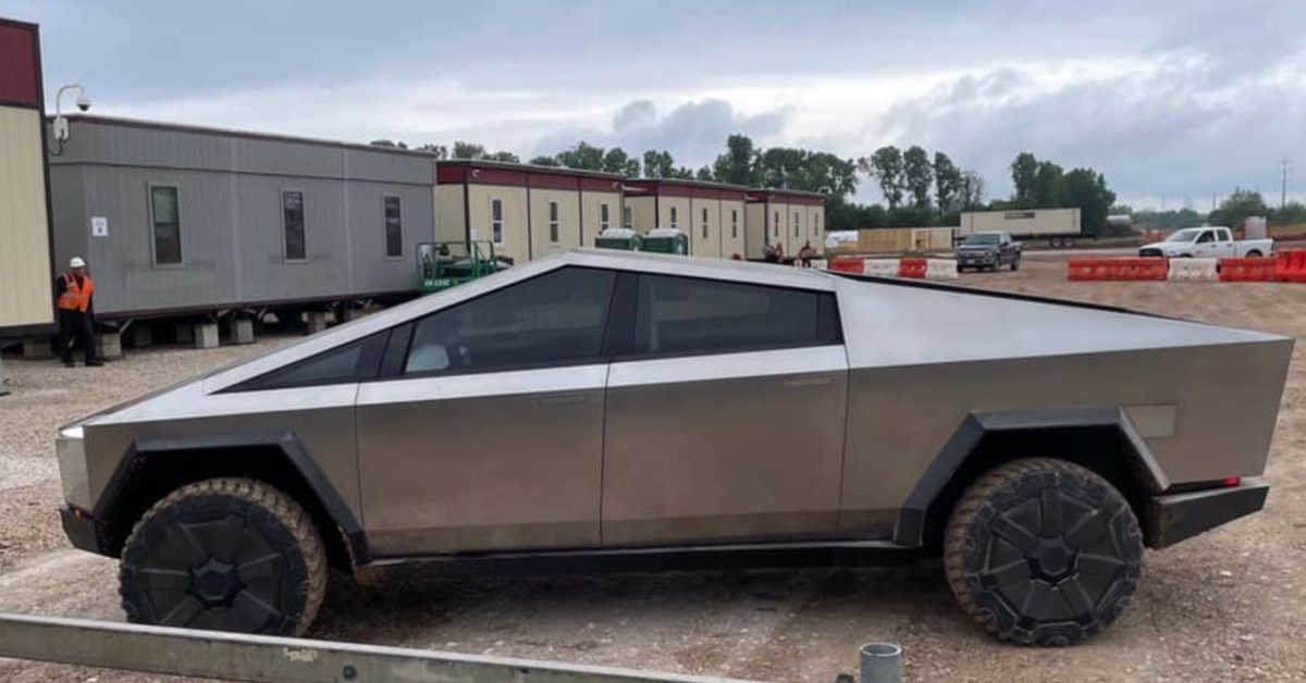 Tesla Cybertruck prototype spotted at its upcoming home of Gigafactory Texas - Electrek