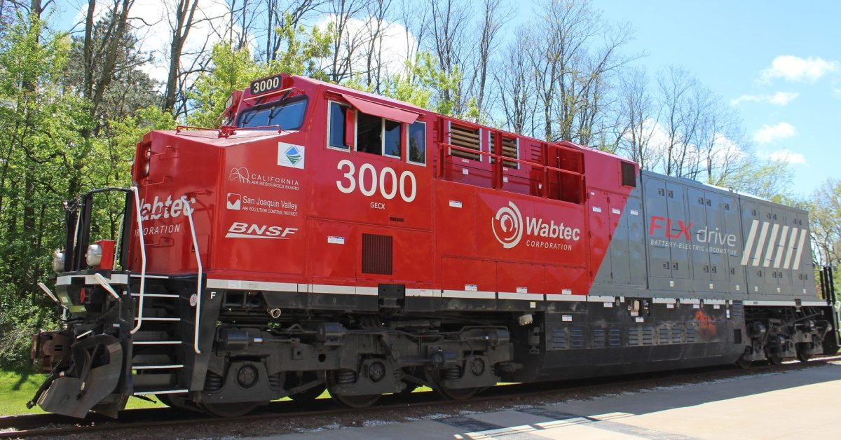 GM and Wabtec will develop electric freight locomotives - Electrek