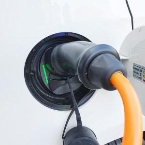 recharge borne voiture - A propos