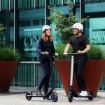 Ninebot Segway Es1 And Es3 Electric Scooter Review 2020 Electric Travel