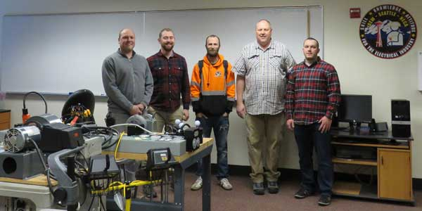 Puget Sound Electrical JATC wins the Fluke Connect Student Contest