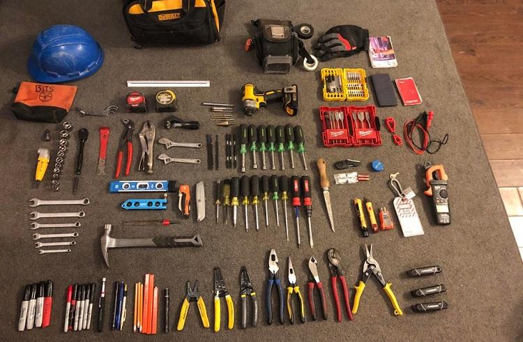 what electrician journeyman needs