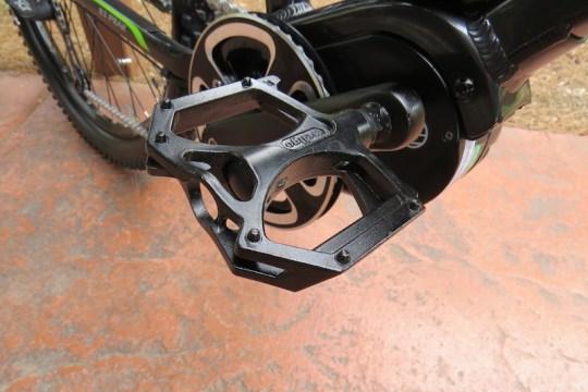 izip-peak-pedals