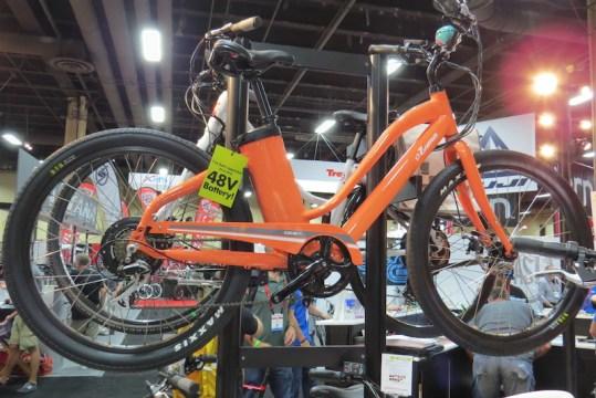 izip zuma electric bike step thru